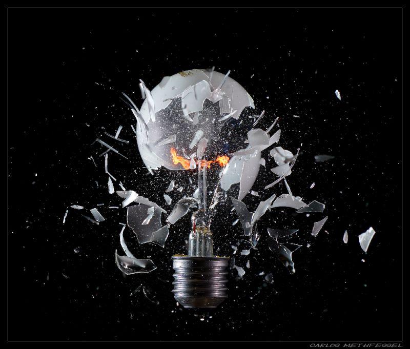 imagenes-arte-artisticas-bombilla-explosion